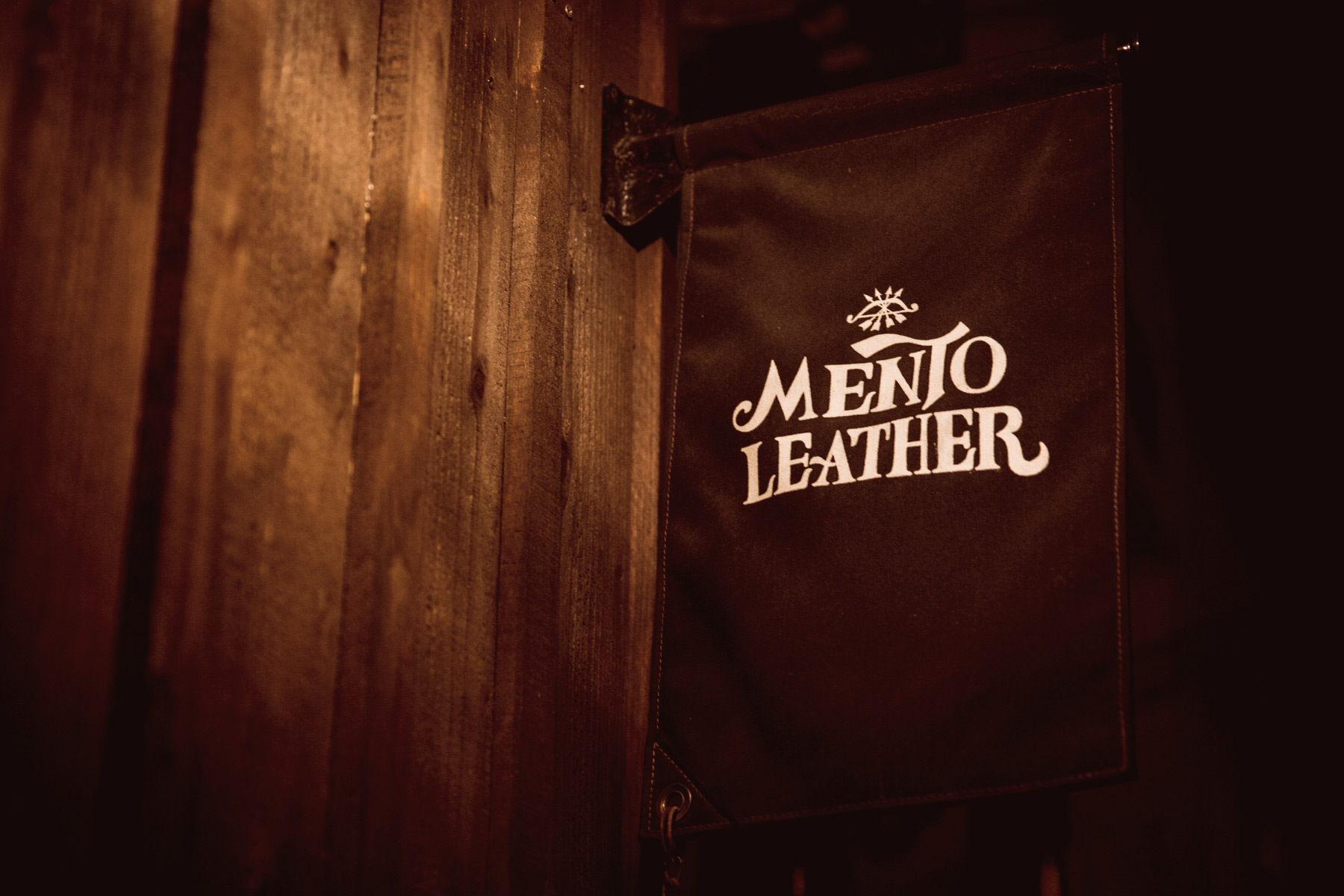 MENTO LEATHER